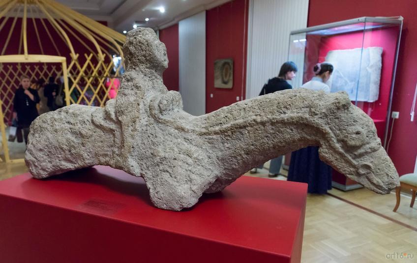 Фото №876675. Скульптура всадника