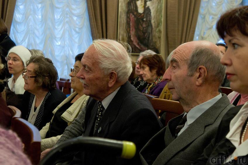Фото №88121. На презентации книги А.Кабакова и Е.Попова «Беседы об Аксенове»