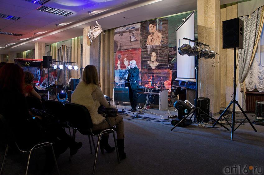 Фото №88223. Выступление казанских поэтов на фестивале «Трипфест»