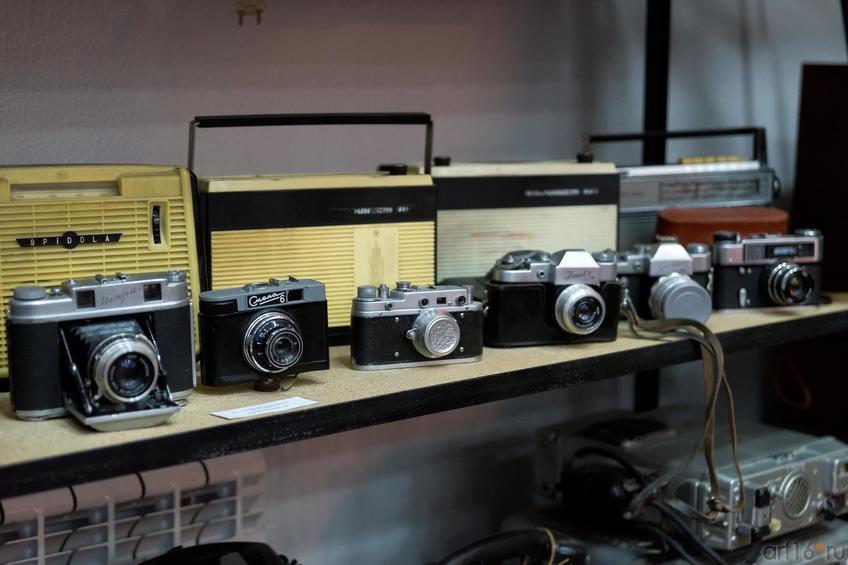 Фото №883154. Выставка фотоаппаратов