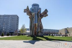 Ангел-хранитель.  Скульптурная композиция Ильдара Ханова