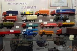 Макеты большегрузного автомобиля Камаз