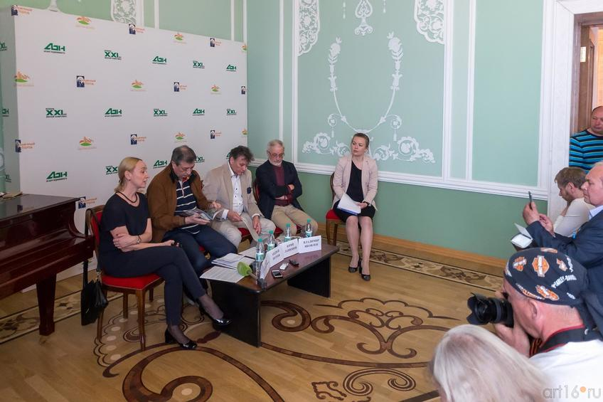 Фото №884618. Жанна Богородицкая, Андрей Петров, Юрий Ларионов, Владимир Яковлев, Жанна Мельникова