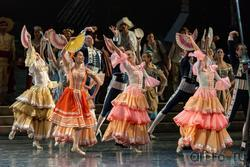 Танцы на площади