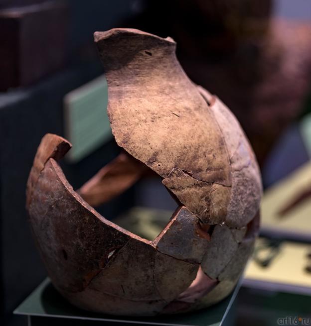 Глиняный сосуд (III в. н.э.)::Выставка «Кочевники Аркаимских степей»