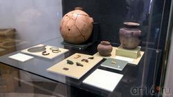 Комплект предметов из кургана Темир (IV в. до н.э.) /предметы быта и украшения