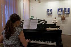 Музыкальная часть открытия выставки А.Леонова ''Молитва в скульптуре''