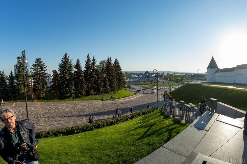 Фото №886841. Вид на Волгу с площади 1 мая (Казань)