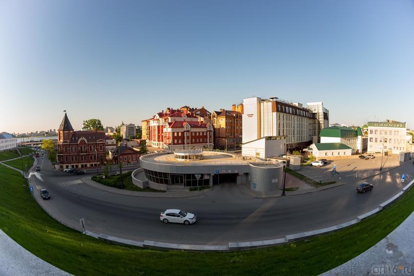 Вид с кремлевской стены на улицу Батурина::19.05.2016 Экскурсия ASG