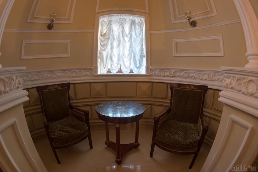 Фото №886878. Дом Банарцева (К.Маркса, 18). Интерьер (антикварная мебель ASG)