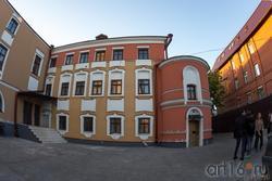 Дом Банарцева, К.Маркса 18, Казань. Вид на дом со двора (Кафтыревский барочный стиль)