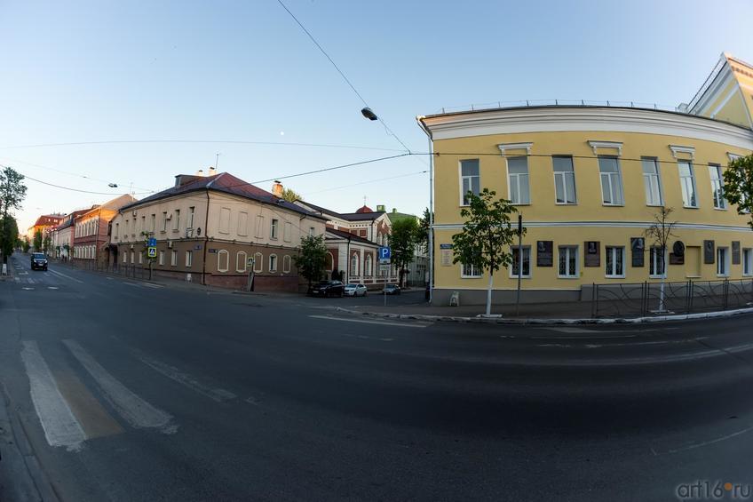 Фото №886962. Макарьевская церковь (в центре), ул. Япеева
