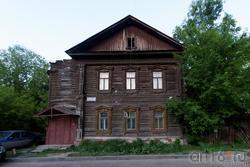 Жилой деревянный дом (ул. Космодемьянской, 10)