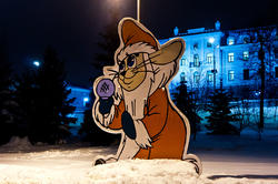 За тобою бегала, Дед Мороз! Фигурки новогоднего городка