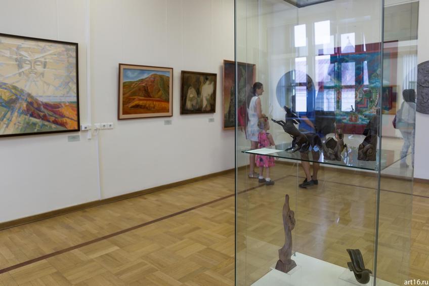 Фото №892925. Фрагмент экспозиции «Волжский Арт-экспресс»