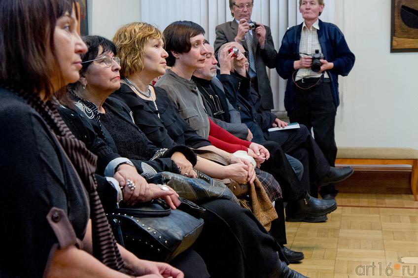 Торжественная часть в честь открытия выставки, посвященной юбилею СХ РТ::Союзу художников Республики Татарстан — 75