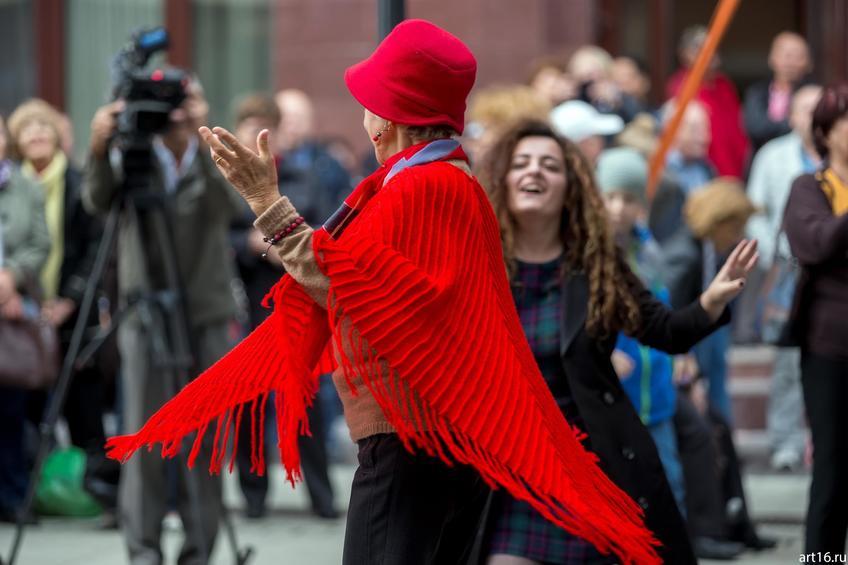 Фото №894348. Танцы. Фестиваль еврейской музыки на Петербургской