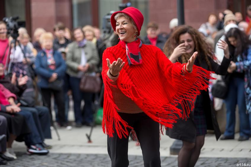 Фото №894352. Танцы. Фестиваль еврейской музыки на Петербургской