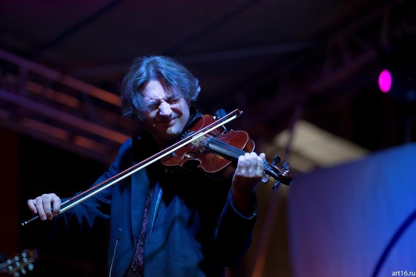 Фото №894528. Саня Кройтор (Израиль), скрипач-виртуоз