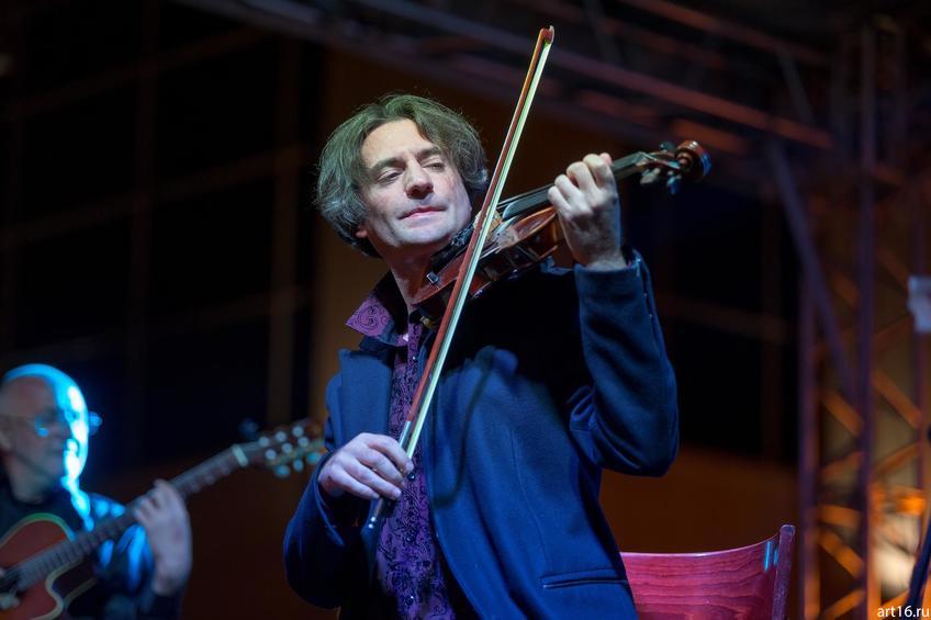 Фото №894548. Саня Кройтор (Израиль), скрипач-виртуоз