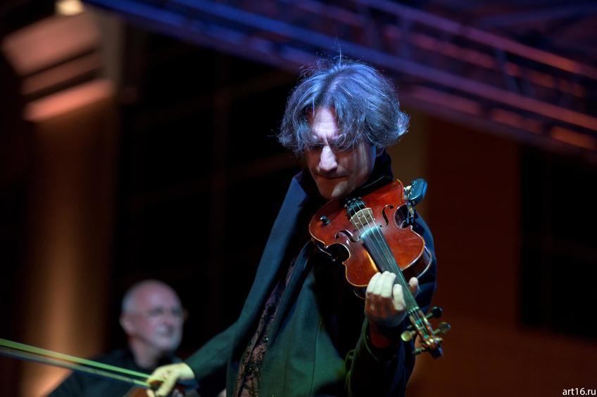 Фото №894552. Саня Кройтор (Израиль), скрипач-виртуоз