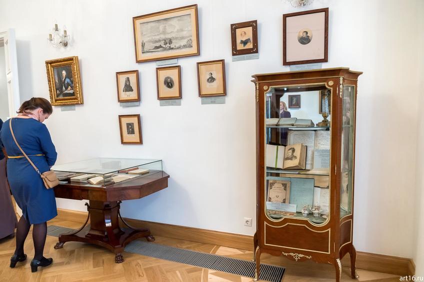 Фрагмент экспозиции::Выставка «Пушкин и Казань»