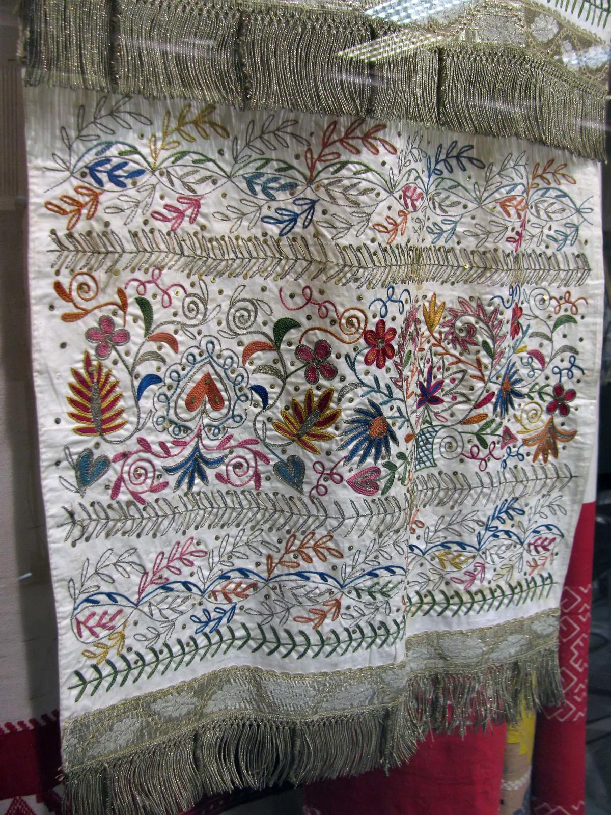 Татарская вышивка полотенец