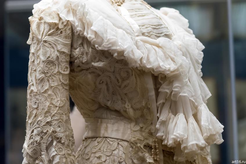 Фото №897411. Платье послеобеденное из плетеного гипюра