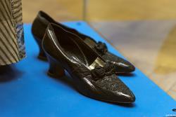 Туфли из черной кожи
