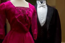 Платье вечернее /Фрак концертный с жилетом