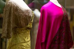 Платье вечернее / Платье вечернее и сорти-де-баль покроя кимоно
