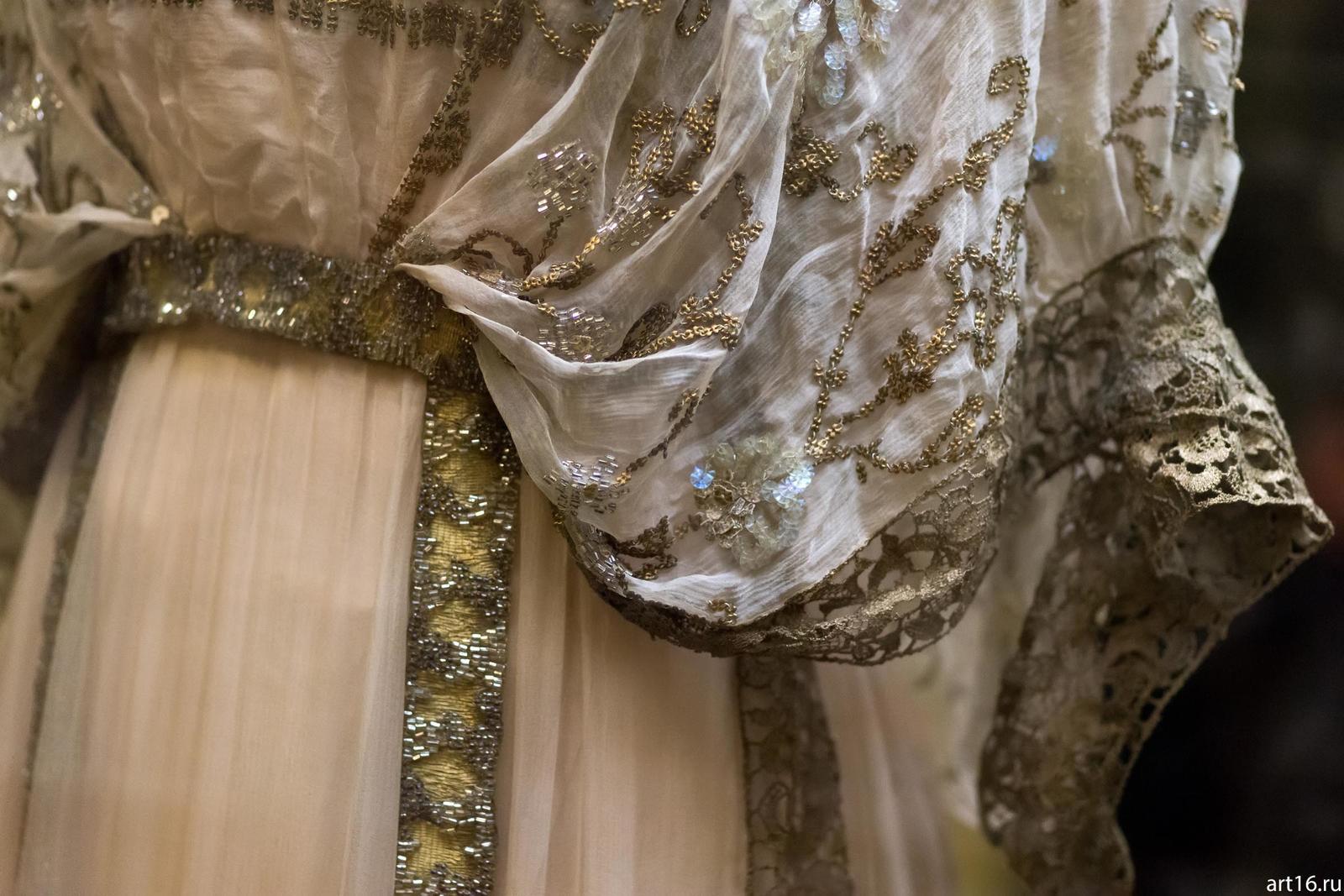 одна самых дорогие платья императриц в эрмитаже фото всего