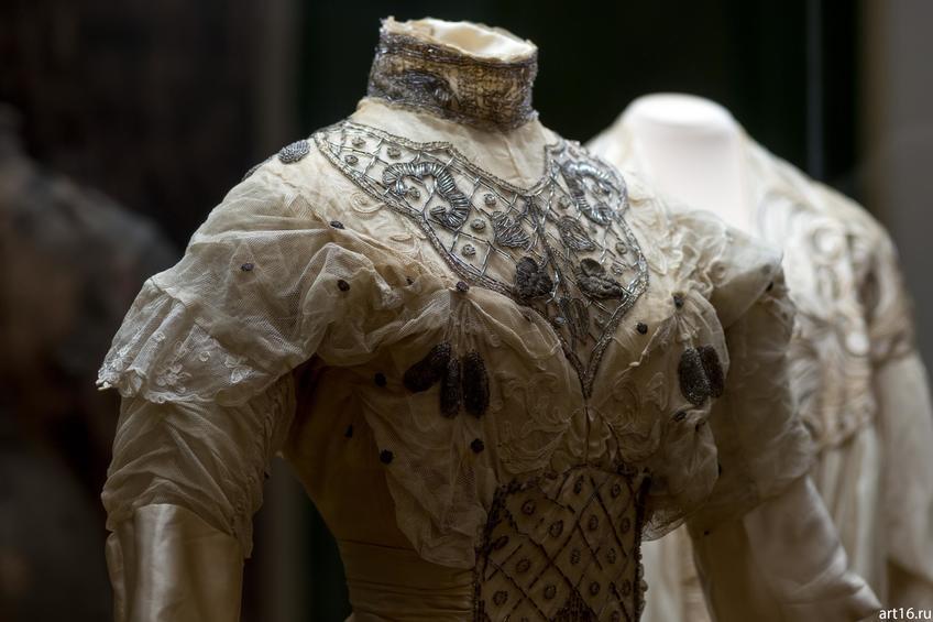 Фото №897519. Платье подвенечное (фрагмент)