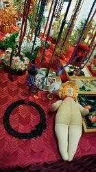 Изделия из биссера, тряпичная кукла на стенде НКХ