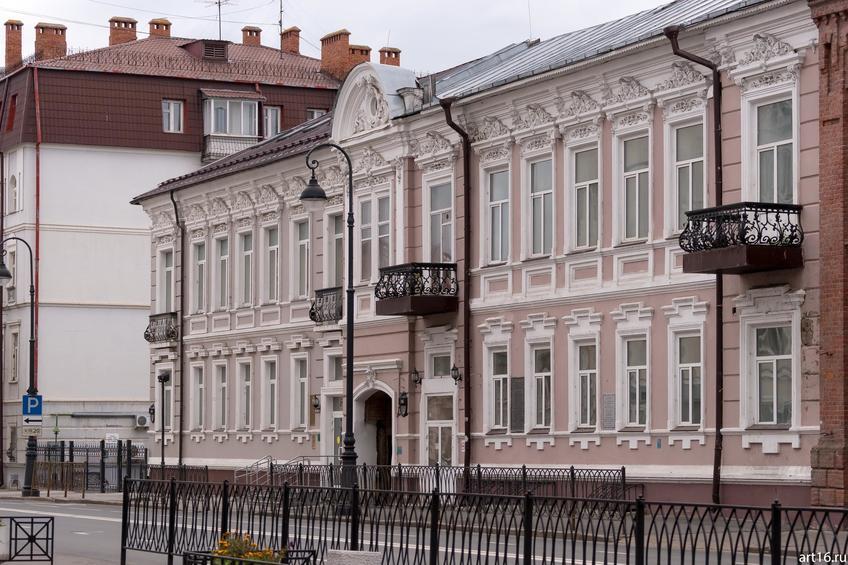 Островского, д. 6, октябрь 2016::Казань, осень, природа