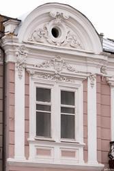 Окно д. 6 по ул. Островского
