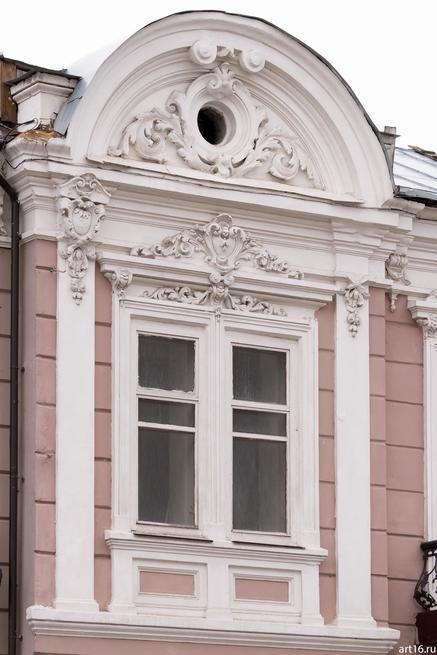 Окно д. 6 по ул. Островского::Казань, осень, природа