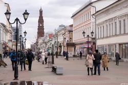 Баумана, вид на быв. к/р Татарстан и колокольню Богоявленского собора