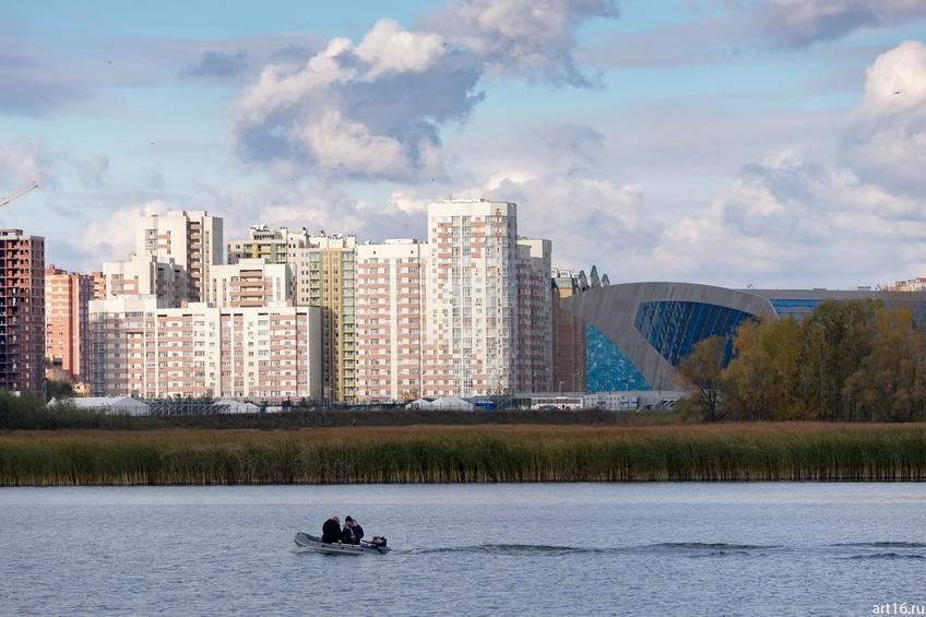 Казанка. Дворец водных видов спорта ( Сибгата Хакима, 70)::Казань, осень, природа