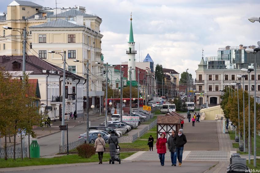 Фото №898676. Ул. Шигабутдина Марджани. Вид на Сенную мечеть (ул. Московская, д.74)