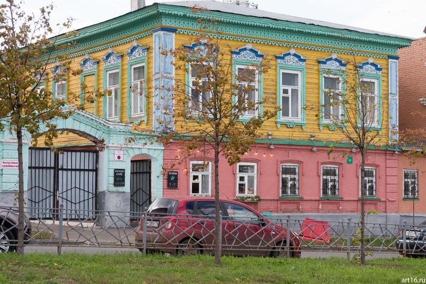 Шгабутдина Марджани, 18::Казань, осень, природа