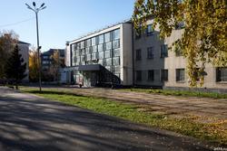 Культурный центр им. С.Сайдашева, Н.Ершова, 57 а., быв. ДК Строителей