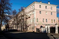 Ул. Муштари,  30. Казань, октябрь 2016