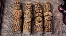 Славянские божества (дерево, резьба). Сергей Каменев
