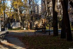 Во дворе Союза писателей РТ, Муштари, 14. Октябрь 2016