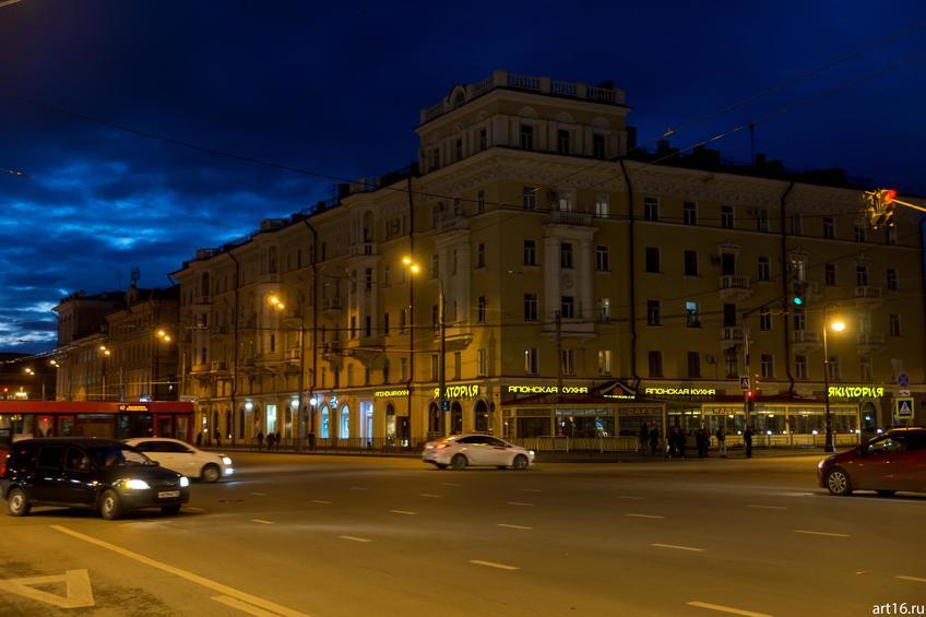 Фото №900262. Перекресток Пушкина/Островского. Якитория , Казань