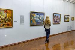 Экспозиция выставки Константина Коровина