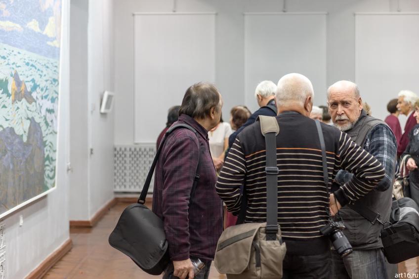 Фото №900734. Р.Гали (в полоборота), В.Павлов (спиной), Эд Хак (на зрителя)