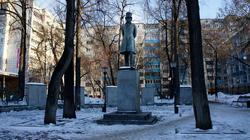 Памятник Пушкину. Скульптор В.М. Клыков, архитектор М.И. Футлик