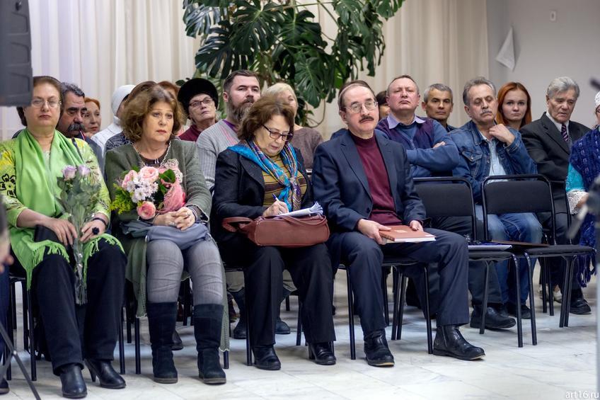 На открытии выставки Альфии Ильясовой–Саргин::Персональная выставка. Альфия Ильясова–Саргин. 8 декабря 2016